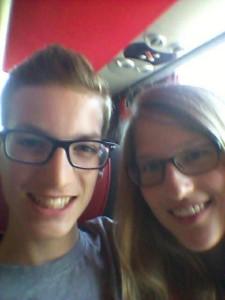 Liebe Grüße aus dem Bus!